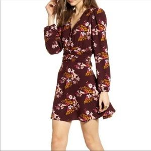 OFFERS? NEW Chelsea28 Maroon Floral Button dress